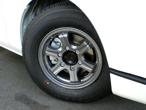 新車 200系 スーパーGL ガソリン車 入庫しました